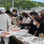 新鮮な海の幸がたくさん!和歌浦漁港で「朝市」開催