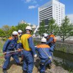 和歌山城の石垣で草刈り、和市消防局の高所作業訓練