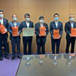 災害時に活用を・和歌山県オールトヨタ5社が緊急セットを寄贈